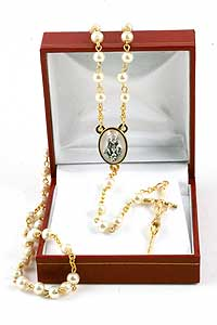 RSZ16 Faux Pearl Rosary with Girl Center in Red Gift Box